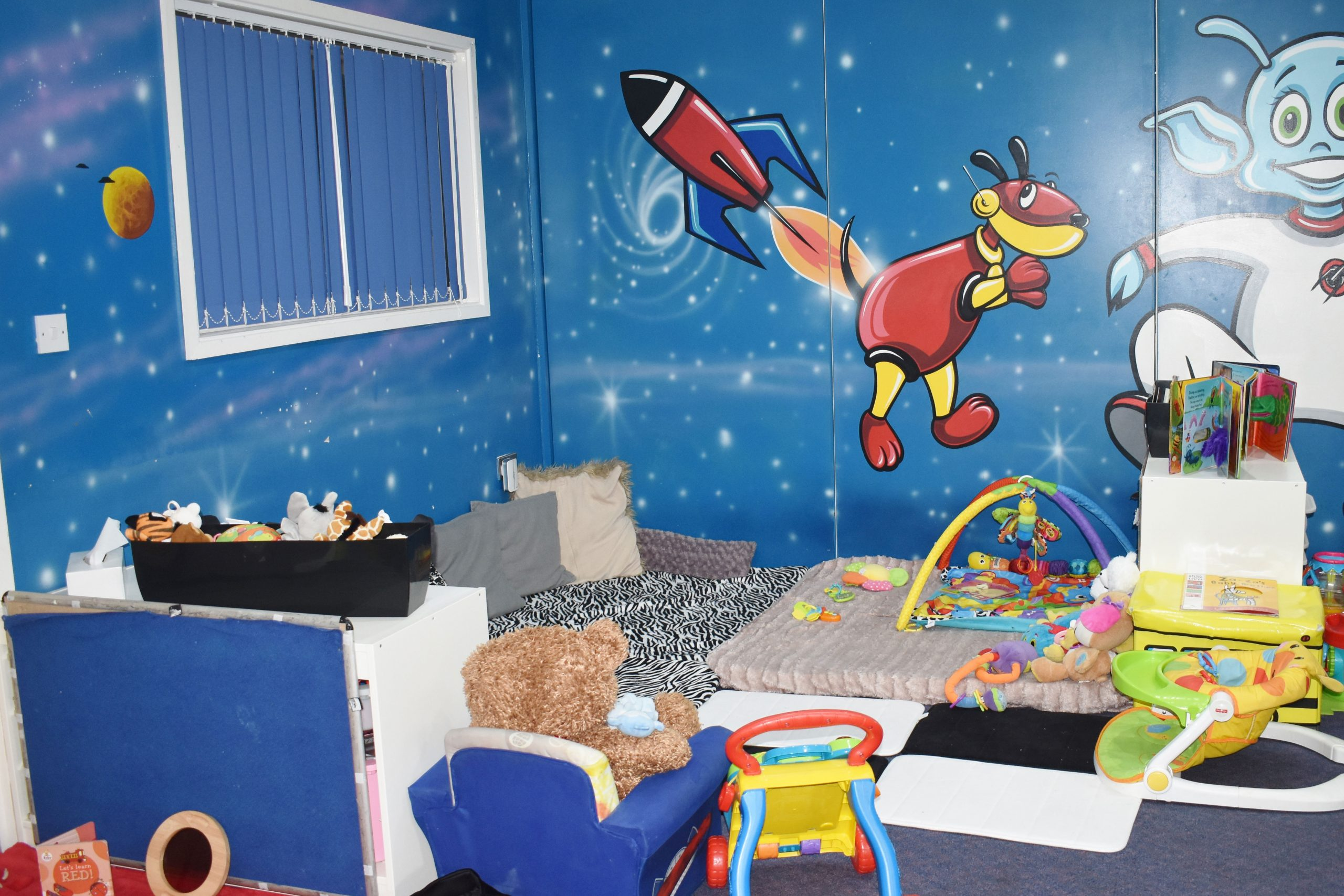 under 2's play room